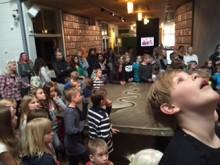 """""""Lysande konst!"""" när skolelever höll vernissage på Värmlands Museum"""