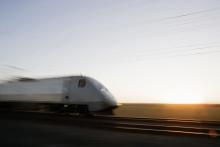 Politiker tar strid för höghastighetsjärnväg