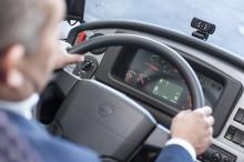Ny teknik ska rädda liv i trafiken - trötthetsvarnare med ögonscanners installeras på bussar