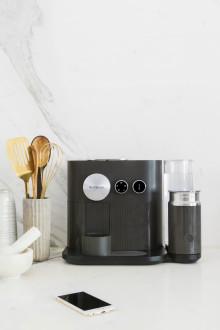 Nespresso Expert: Kombinerer personlig tilpasning og innovativ design