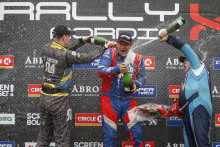 Punkteringar hindrade inte Hedström i RallyX Nordic på Kinnekulle Ring