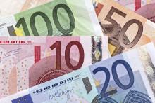 Fallande kronkurs rör inte svenska resenärer i ryggen