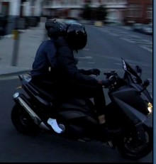 Video released in Knightsbridge moped attack appeal
