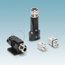Compact D7 size heavy-duty connectors for railway applications