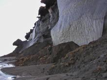 Metan bubblar upp från tinande sibirisk-arktiska havsbottnar