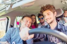 Fahranfänger vs. Senioren! Von wem geht ein höheres Risiko für die Sicherheit im Straßenverkehr aus?