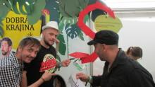 Visa po prvýkrát na Slovensku predstavila prenosné bezkontaktné darovacie pokladničky na festivale Pohoda.