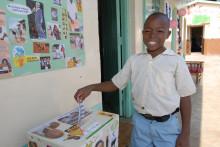 Miljoner barn utser Årtiondets barnrättshjälte