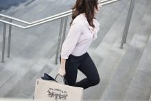 Sex av tio vill betala smidigare i butik