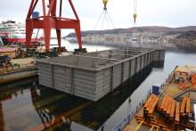 Overlevering av undersjøisk forskalingskasse til Ulstein Entrepenør