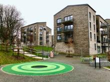 Inflyttning i Familjebostäders nya hus vid Merkuriusgatan i Bergsjön
