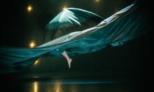 Överraskande, modigt och akrobatiskt i nycirkusföreställningen KINEMA