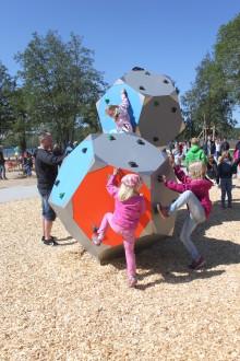KOMPAN levererar lekplatsutrustning till nya Ulricaparken i Ulricehamn.