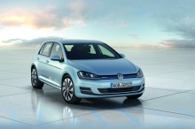 The new Volkswagen Golf BlueMotion: fuel-sipping family motoring