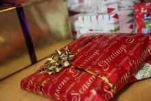 Majoriteten handlar julklappar i sista minuten