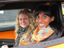 Snålkörande Göteborgs-systrar vann elbilsrally