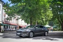 Ford lanserer Mondeo Hybrid stasjonsvogn