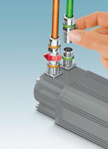 M17 är en liten kontakt för spänningar upp till 630 Volt