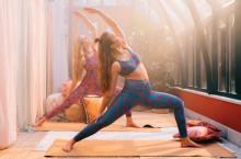 Indiska lanserar yogakollektion tillsammans med Röhnisch