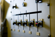 Så påverkas konsumenten av Riksdagens beslut att flytta energiskatten