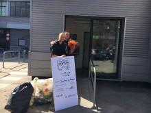 Miljøbevidste venner pantede på Østerbro og vandt i Det nationale Pantspil: Jeg er en totalt god fyr til at sortere skrald
