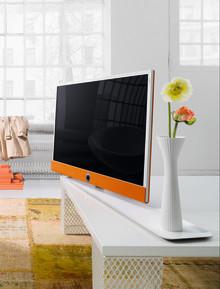 Inbjudan: Välkommen till pressvisning av Loewes nya design- och livsstils-TV: Loewe Connect ID