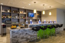 Norwegian unlocks new Escape Lounge to Premium passengers at Oakland-San Francisco