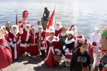 Se billederne - Julemændene elsker Den lille Havfrue