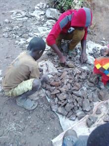 Barnarbete ligger bakom tillverkningen av batterier till smartphones och elbilar