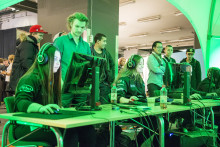 Publiksuccé för e-sport på Kunskap & Framtid
