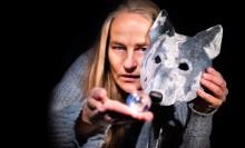 """""""Vargen och glaskulan"""" –en samproduktion mellan Riksteaterns Tyst Teater och Örebro länsteater"""