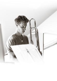 """Cosmic Dancer - Gävle Symfoniorkester och Mikael Rudolfsson spelar Benjamin de Murashkins """"Hubble-inspirerade"""" trombonkonsert"""