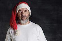 Kjell Bergqvist hoppas att fler ger bort julklappar som räcker längre