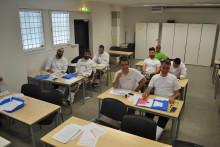 Målet är att deltagarna ska få jobb och integreras i samhället