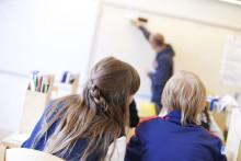 Studenter på lärarprogram erbjuds lärarjobb vid sidan av studierna