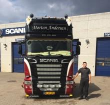 Ny vognmand starter på  første klasse i drømmebilen fra Scania