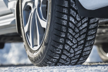Med utviklingen av UltraGrip Ice SUV leverer Goodyear ytelse på is for SUV-er under ekstreme vinterforhold