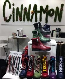 16d49cf417b Cinnamon på plats på Nordic Shoe and bag fair för höst/vinter 2019