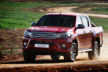 Tre helt nya Toyota-modeller visas i Genève