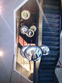 Installation av konst i Nod i Kista