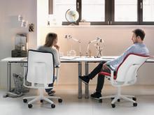 Zum Tag der Rückengesundheit 2019 - So halten Sie den Rücken auf dem Bürostuhl fit