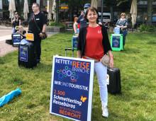 Anya Müller-Eckert unterstützt Reisebüro Demos in Berlin