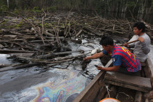 Oprindelige folk kæmper mod stort olieudslip i peruviansk Amazonas