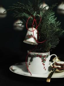 Kugeln, Glocken, Sterne: stilvolle Accessoires für den Weihnachtsbaum