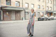 "Rut Sandbladh tolkar The Wannadies hit ""My Home Town"" - på svenska"