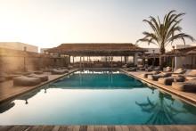 70 prosenttia kesän lomamatkoista on jo varattu – Kreikka on kesän suosikkikohde, mutta kaukokohteetkin kiinnostavat