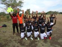 Gratis drakter fra dekk-kjede til barnefotball-lag i Zambia