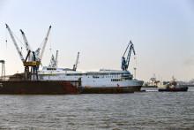 Erste von zwei Scandlines-Fähren bei Blohm+Voss eingetroffen