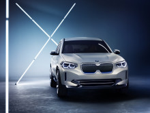 Populära BMW X3 helelektrifieras - konceptbilen BMW Concept iX3 visas upp på Auto China 2018