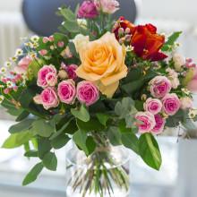 Gewinnspiel zum Muttertag: Fleurop sucht die schönste Kindheitserinnerung